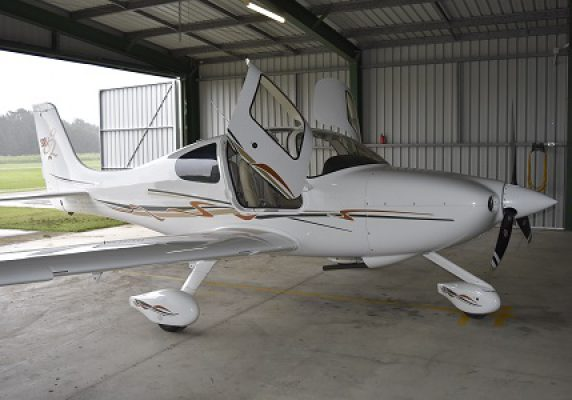 2007 CIRRUS SR20 SRV     635 HOURS SINCE NEW HAS TO GO