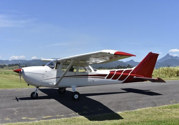 1977 Cessna 172N Skyhawk   160 HP    SOLD