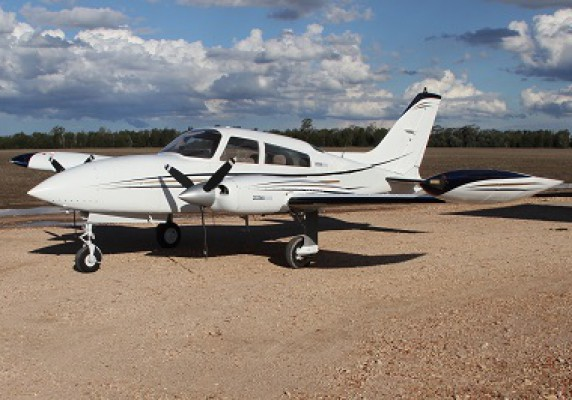 Cessna 310R 1976    SOLD